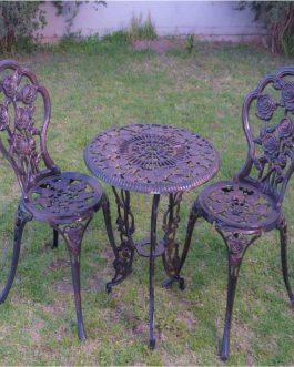 Rosas x 2 sillas – Medida de mesa: 0.56 m
